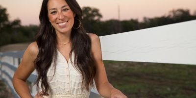 How Much is the Net Worth of most popular Reality TV Personality Joanna Gaines; Details of her TV Show and Source of Income